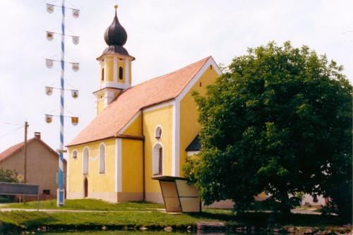 Kirche_Maibaum